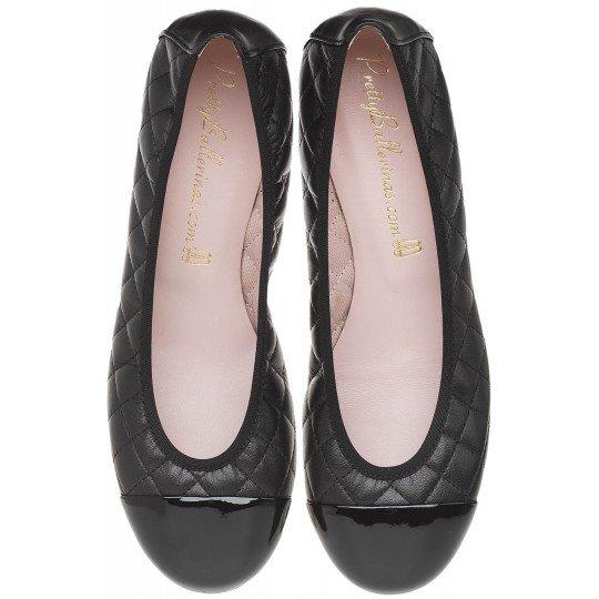 zapatos negros planos